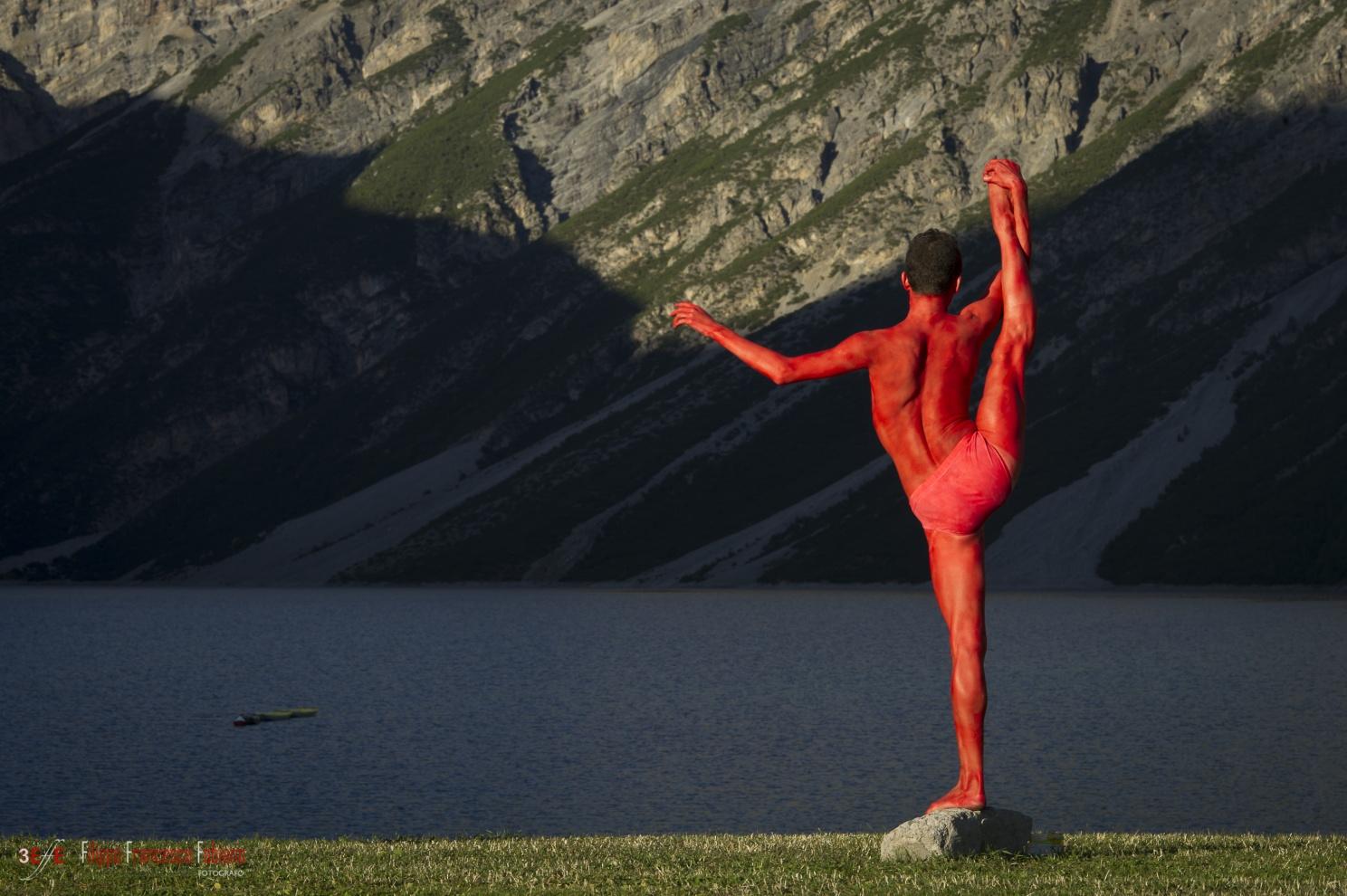 RED POWDER DANCING